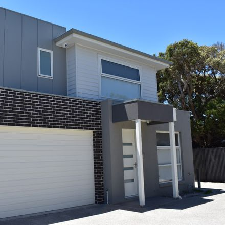 Rent this 4 bed house on 4/5 Hygeia Street