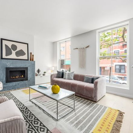 Rent this 3 bed condo on 314 Degraw Street in New York, NY 11231