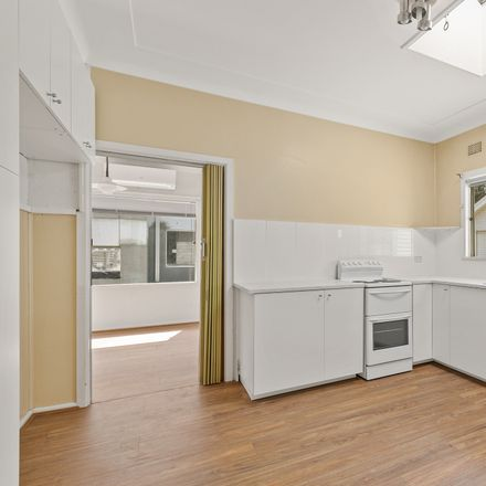 Rent this 3 bed house on 20 Johnson Street