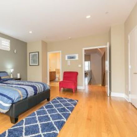 Rent this 4 bed townhouse on 1064 Capp Street in San Francisco, CA 94110