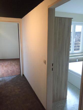 Rent this 3 bed room on Rue de la Broucheterre 3 in 6000 Charleroi, Belgique