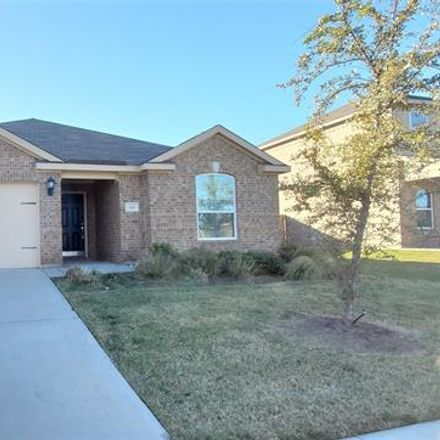 Rent this 3 bed house on W Magnolia Dr in Mount Pleasant, TX
