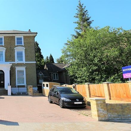 Rent this 2 bed apartment on Southlands Road in London BR2 9RD, United Kingdom