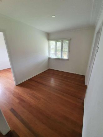 Rent this 3 bed house on 49 Cartwright St
