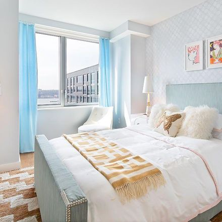 Rent this 1 bed apartment on 606 W 57th St in New York, NY 10019