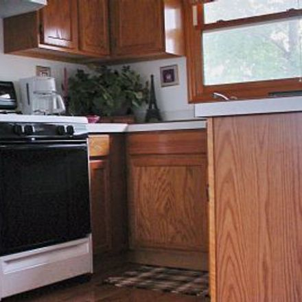 Rent this 1 bed house on 6813 79th Street in Burbank, IL 60459