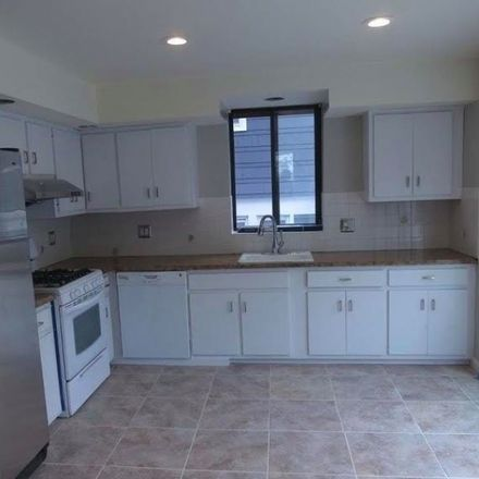 Rent this 4 bed townhouse on Fern Ave in Lyndhurst, NJ