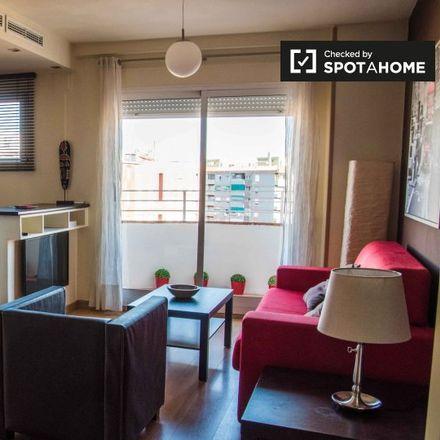 Rent this 1 bed apartment on Cuatro Arcos in Carrer de l'Arxiduc Carles, 46018 Valencia