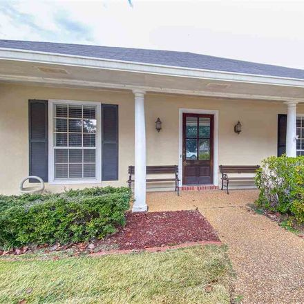 Rent this 3 bed house on 146 Oak Ridge Circle in Madison, MS 39110