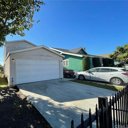 Rent this 3 bed house on 2040 East 111th Street in Los Angeles, CA 90059