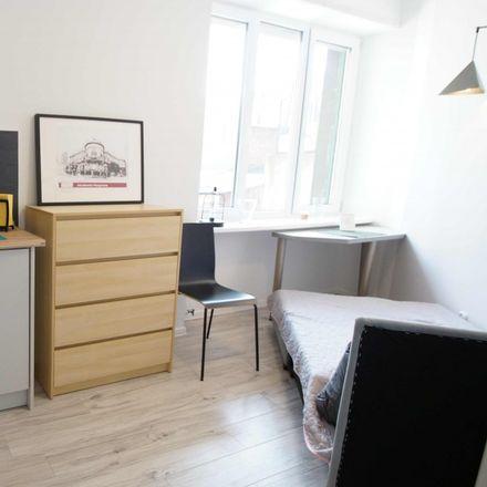 Rent this 6 bed apartment on Adama Próchnika 54 in 90-718 Łódź, Poland