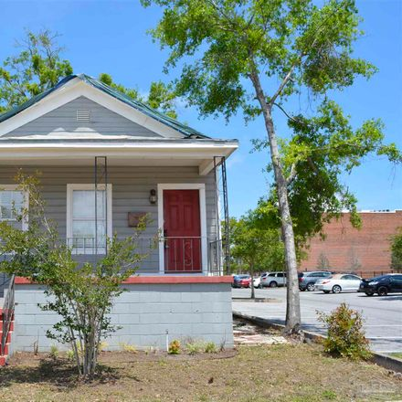 Rent this 3 bed house on 514 West Wright Street in Pensacola, FL 32501