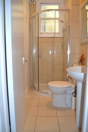 Rent this 3 bed apartment on Elm Grove in London NW2 3AA, United Kingdom