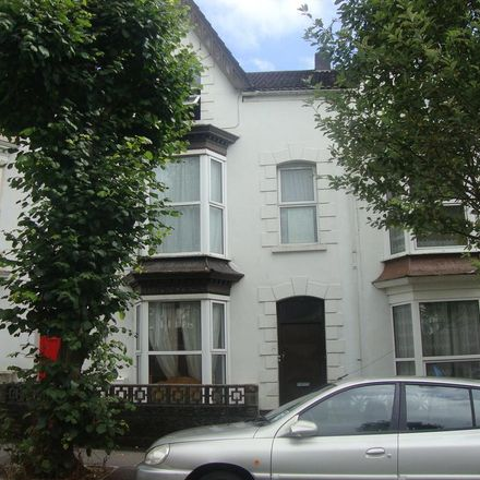 Rent this 2 bed house on Harrison's in Gwydr Crescent, Swansea SA2 0AB