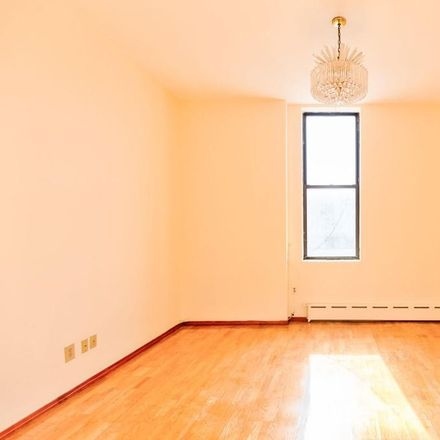 Rent this 3 bed apartment on E 116 St in New York, NY