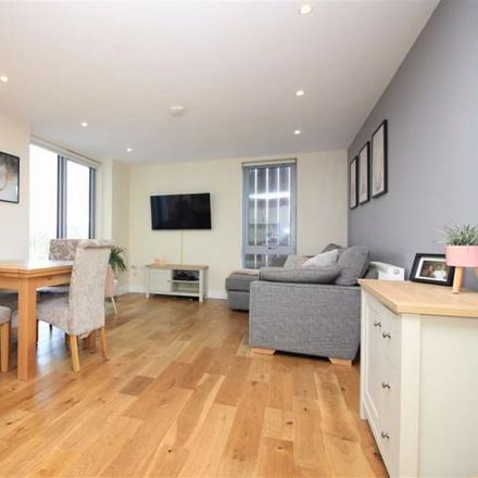 Rent this 2 bed apartment on Graveney Apartments in Kennington Avenue, Bristol BS7