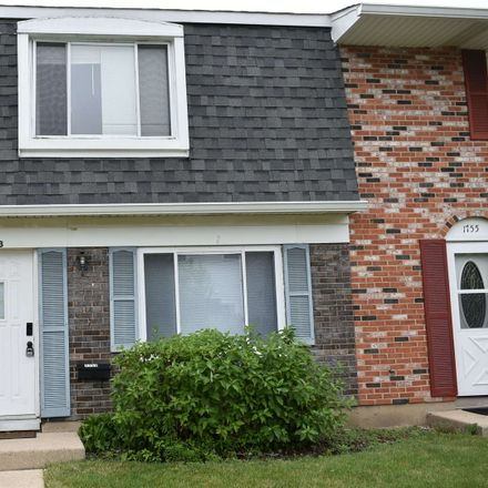 Rent this 2 bed townhouse on McKool Ave in Streamwood, IL