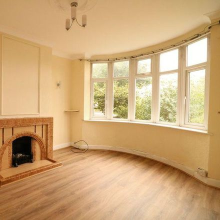 Rent this 3 bed house on Wolverhampton Road West in Walsall WS2 0DS, United Kingdom