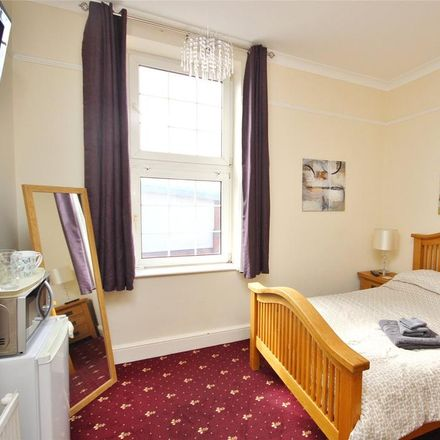 Rent this 1 bed apartment on Majestic Wines in Shrub Hill Road, Worcester WR4 9EF
