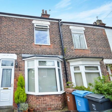Rent this 2 bed house on The Lawns in Sutton HU7 4QT, United Kingdom