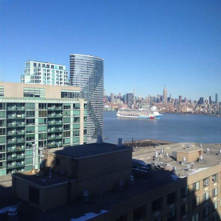 Rent this 2 bed apartment on River Ct in Jersey City, NJ