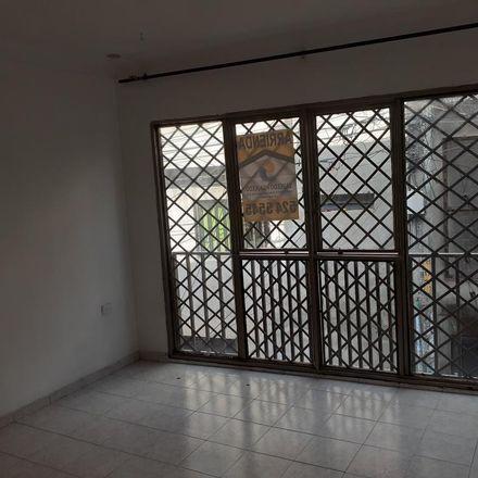 Rent this 4 bed apartment on Calle 14D in Comuna 10, 720025 Perímetro Urbano Santiago de Cali