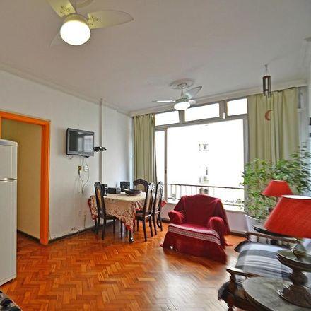 Rent this 3 bed room on R. Sá Ferreira in 44 - Copacabana, Rio de Janeiro - RJ