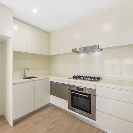 Rent this 1 bed apartment on 314/130 Willarong Road