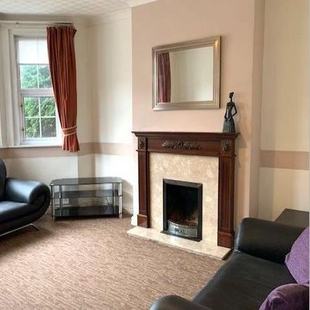 Rent this 3 bed apartment on Newport Road in Cardiff CF, United Kingdom