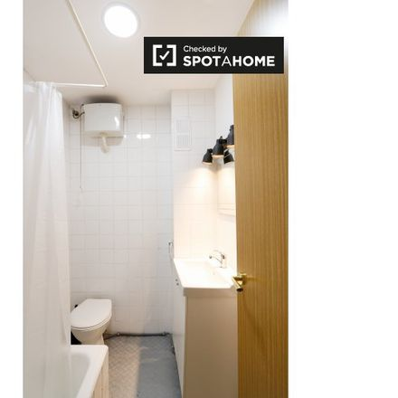 Rent this 8 bed apartment on Dalieda de San Francisco in Calle del Rosario, 28001 Madrid