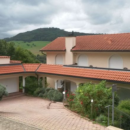 Rent this 3 bed townhouse on Baden-Württemberg