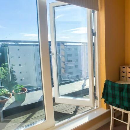 Rent this 3 bed apartment on 143-188 Carrington in Airport ED, Dublin 9