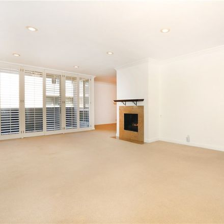 Rent this 3 bed condo on 809 South Bundy Drive in Los Angeles, CA 90049