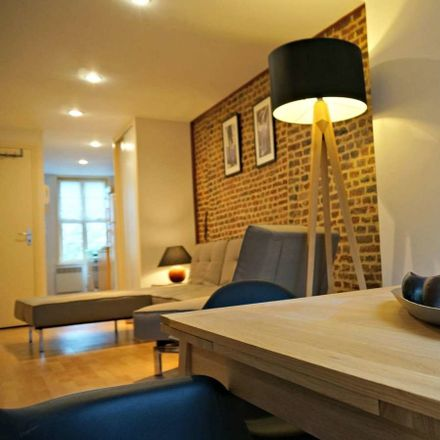 Rent this 1 bed apartment on Boulevard de Metz in 59000 Lille, France