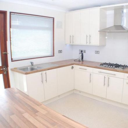 Rent this 3 bed house on unnamed road in Neston, CH64 9RW