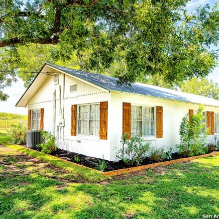 Rent this 3 bed house on State Highway 132 South in Devine, TX 78016