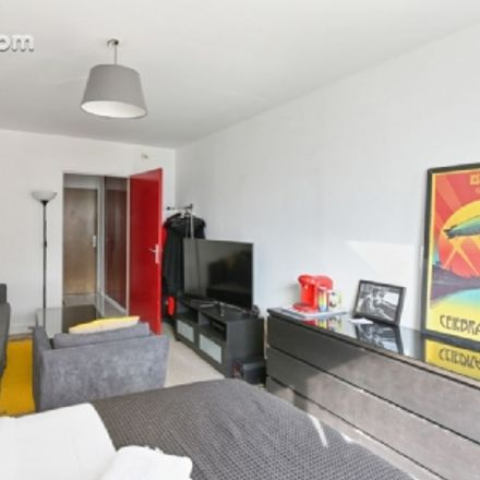 Rent this 1 bed apartment on 77 Avenue d'Italie in 75013 Paris, France