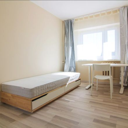 Rent this 3 bed room on Grzybowska in 00-848 Warsaw, Poland