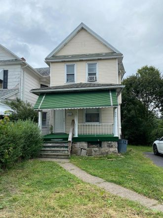 Rent this 5 bed townhouse on 634 North Sumner Avenue in Scranton, PA 18504