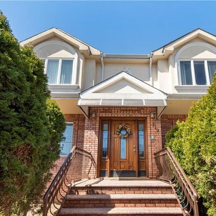 Rent this 3 bed house on 119 Jerome Road in New York, NY 10305