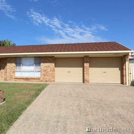 Rent this 4 bed house on 3 Silkwood Court