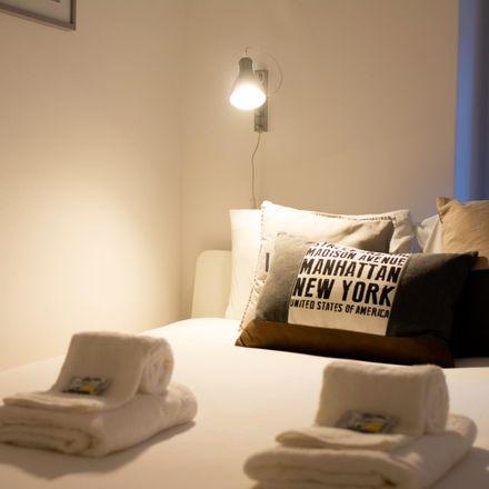 Rent this 2 bed apartment on Rua da Cruz da Carreira in 1150-137 Lisbon, Portugal