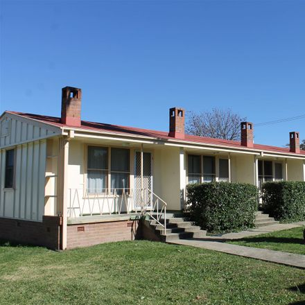 Rent this 1 bed apartment on 6-8 Warialda Road