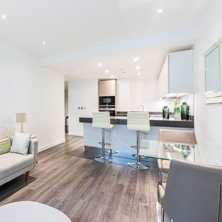 Rent this 1 bed apartment on 70 Alie St in Whitechapel, London E1 8PZ