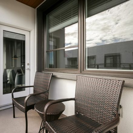 Rent this 1 bed apartment on Building A in 3639 Haven Avenue, Menlo Park