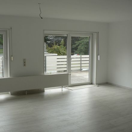 Rent this 3 bed apartment on Hardeweg in 38229 Salzgitter, Germany