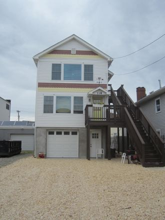 Rent this 2 bed duplex on 118 Sampson Avenue in Seaside Heights, NJ 08751