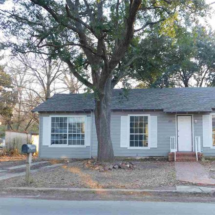 Rent this 3 bed house on N Montgomery St in Gilmer, TX