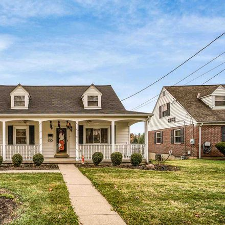 Rent this 3 bed house on Circle Dr in Newport, KY