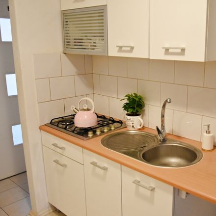Rent this 5 bed room on Eugeniusza Horbaczewskiego 7 in 03-984 Warsaw, Poland